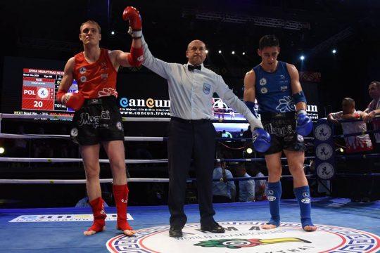 Łukasz Radosz jako drugi, po Joannie Jędrzejczyk Mistrz Świata w Muay Thai!